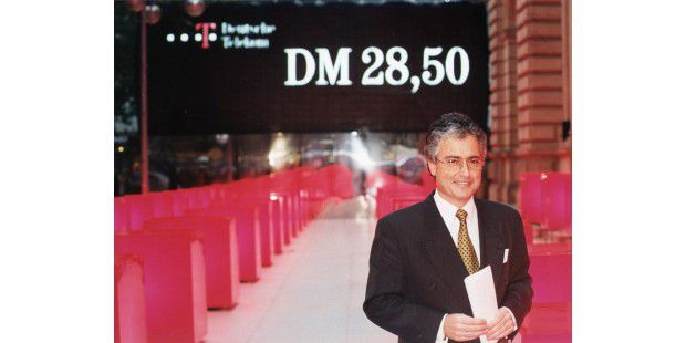 Erster Börsengang der Deutschen Telekom unter RonSommer