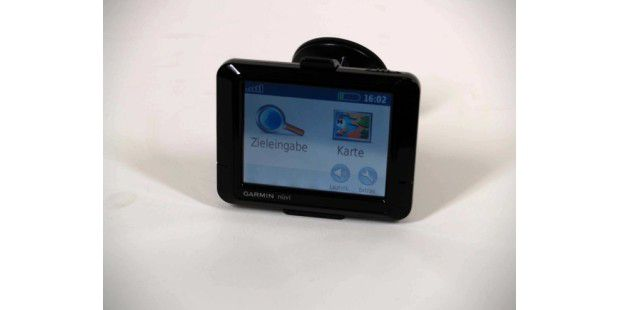 Garmin Nuevi 255 black_01