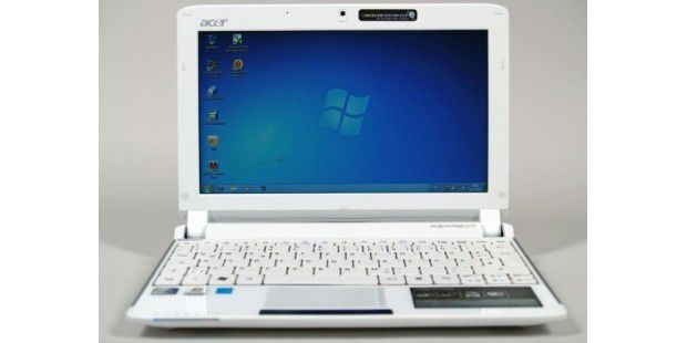Acer Aspire One 532h Front geoeffnet Windows