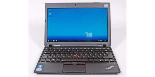 Lenovo ThinkPad X100e Front geoeffnet Windows