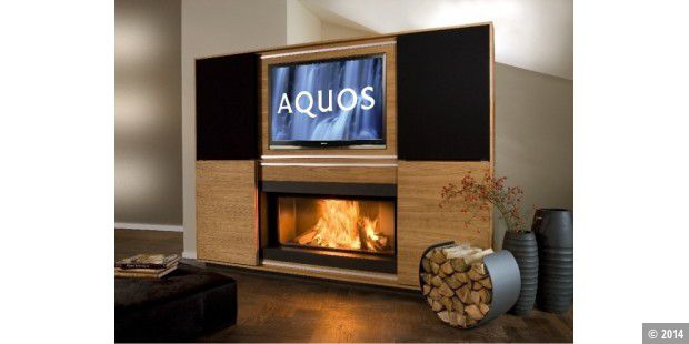 Multimedia Kamin Mit Integriertem LCD TV Amazing Design