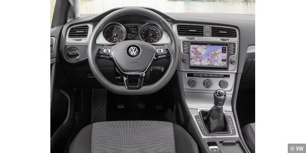 Das Cockpit des Golf TDI Bluemotion
