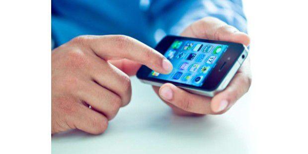 """Wer ein Smartphone sein eigen nennt, möchte es auch im Unternehmen einsetzen. In diesen Tagen ist dabei """"Bring your own device"""" einer der großen Trends der IT."""