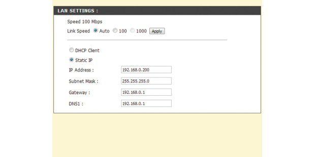 Das NAS sollte keine Zufalls-IP vom DHCP-Server (Router)beziehen. Für die Administration und Server-Aufgaben ist eine festeIP besser.