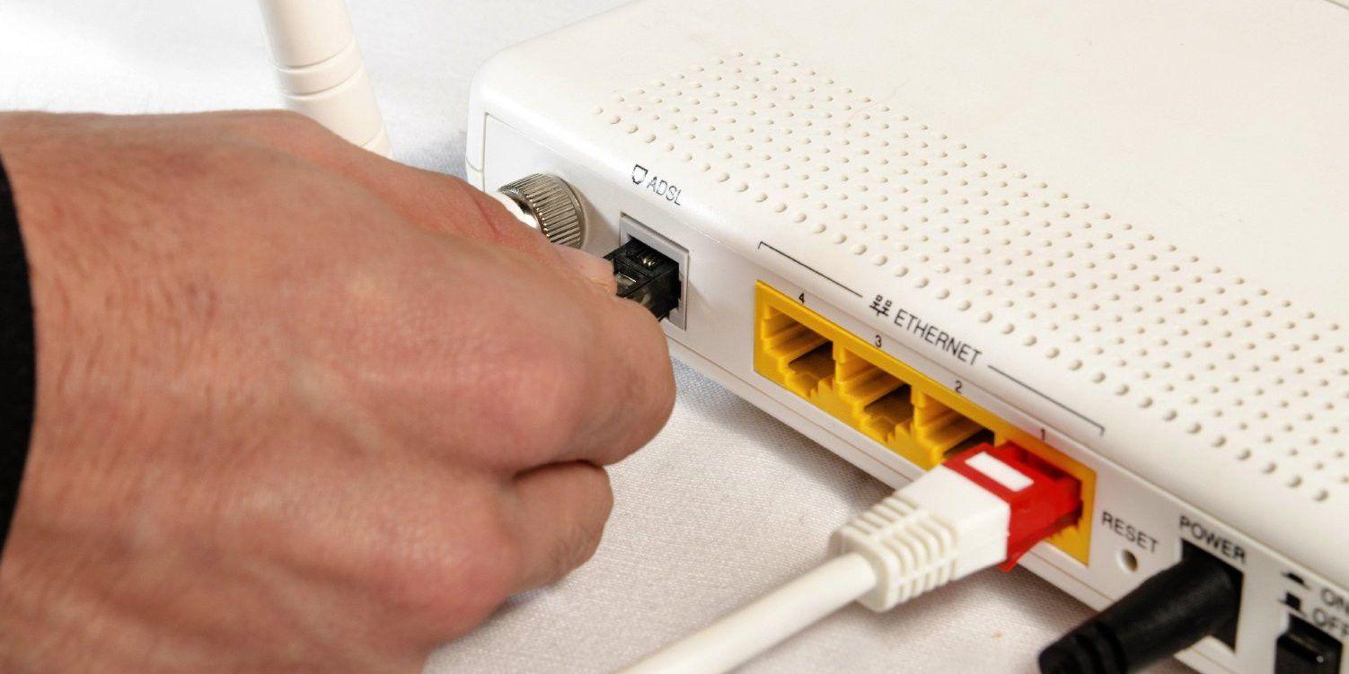 wlan router firmware update schritt f r schritt pc welt. Black Bedroom Furniture Sets. Home Design Ideas