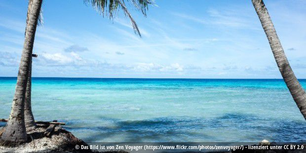 French Polynesia / Rangiroa: beautiful blues