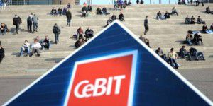 CeBIT im Fokus: Chips, Gates & Messebabes