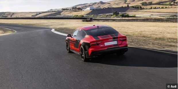 Audi RS 7 piloted driving concept 2015 Robby