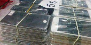 Polizei zerschlägt Smartphone-Fälscherring