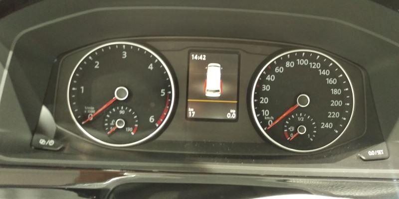 Darum hat der VW Multivan T6 ein kleineres Display als der Golf ...   {Auto cockpit erklärung 73}