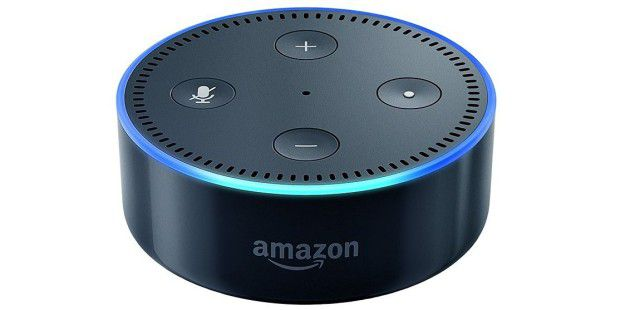 amazon echo im test alexa wer ist pc welt. Black Bedroom Furniture Sets. Home Design Ideas