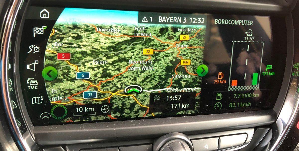 Mini Cooper Im Test Apps Navi Unterhaltung Carplay Touchscreen